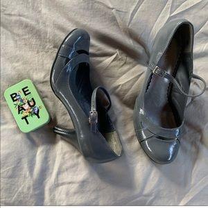 Mary Jane heels